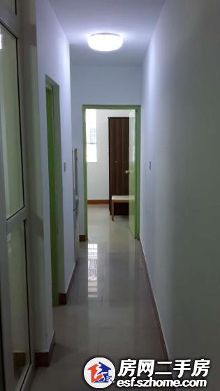 二房一厅 16楼不满2年