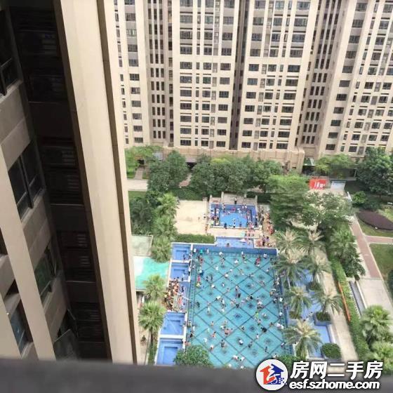 龙岗中心城万科天誉花园一期精装大4房仅售725万